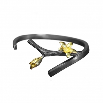 Branch Bangle with Golden Flowers